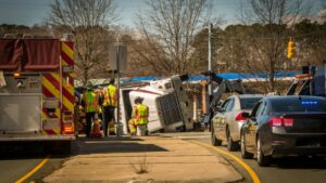 what should you do after a truck accident?